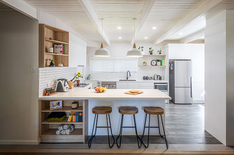 2Contemporary Kitchen (2)